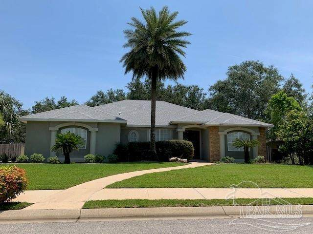 1166 Grand Pointe Dr, Gulf Breeze, FL 32563 (MLS #591441) :: Coldwell Banker Coastal Realty