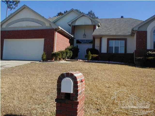 9804 Bridgewood Ln, Pensacola, FL 32514 (MLS #591903) :: Connell & Company Realty, Inc.