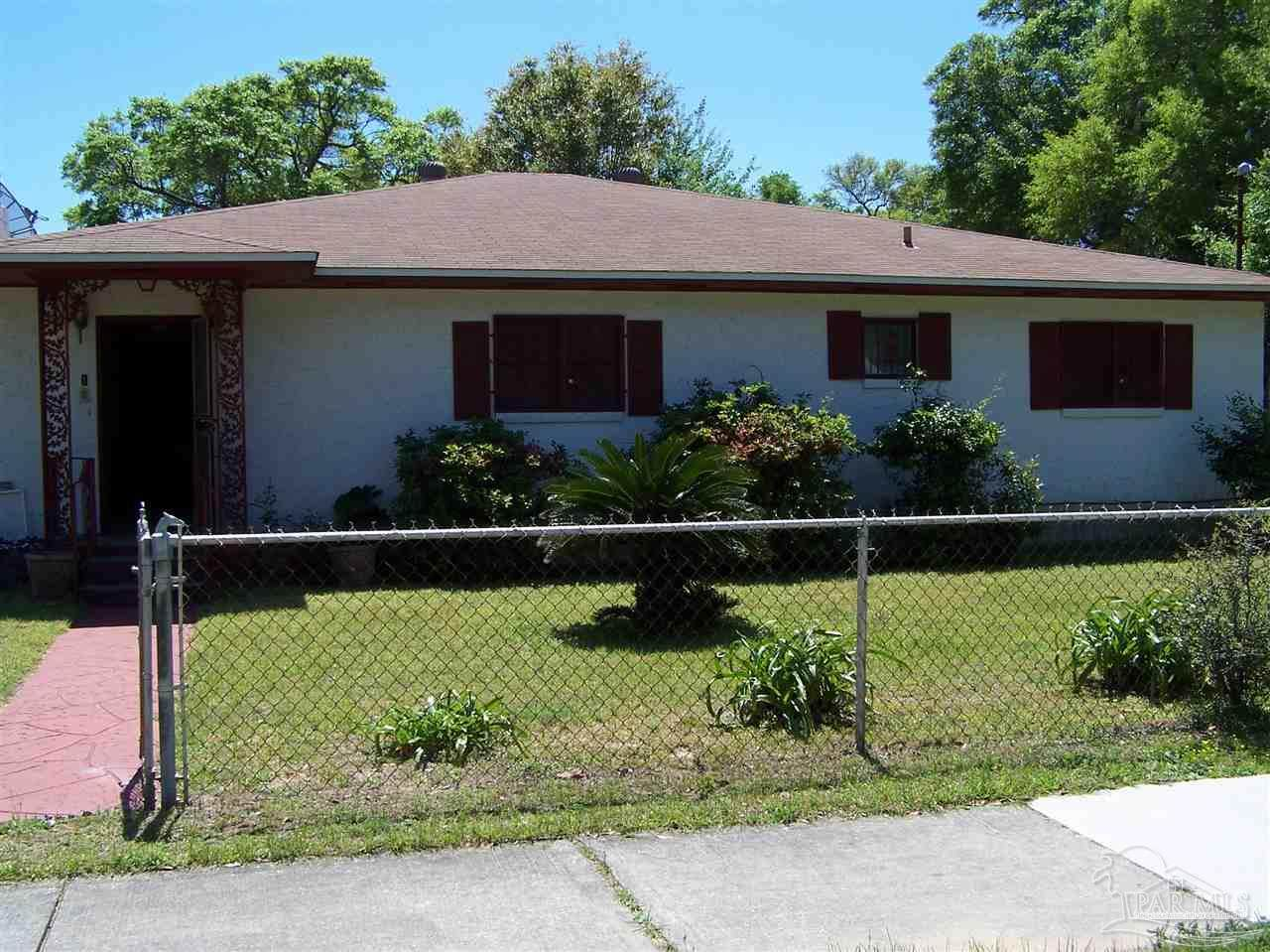 1501 Gregory St - Photo 1