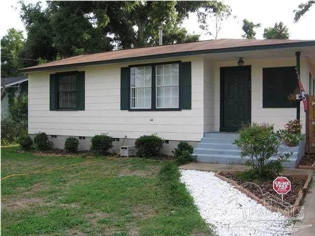 203 Chaseville St, Pensacola, FL 32507 (MLS #594196) :: Levin Rinke Realty