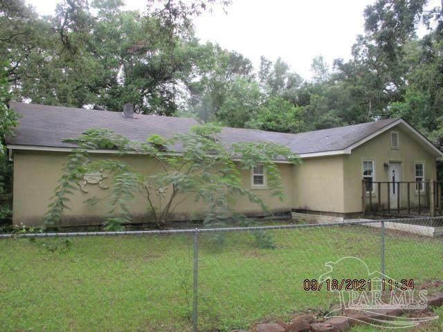 1621 Gulf Beach Hwy, Pensacola, FL 32507 (MLS #597111) :: Vacasa Real Estate