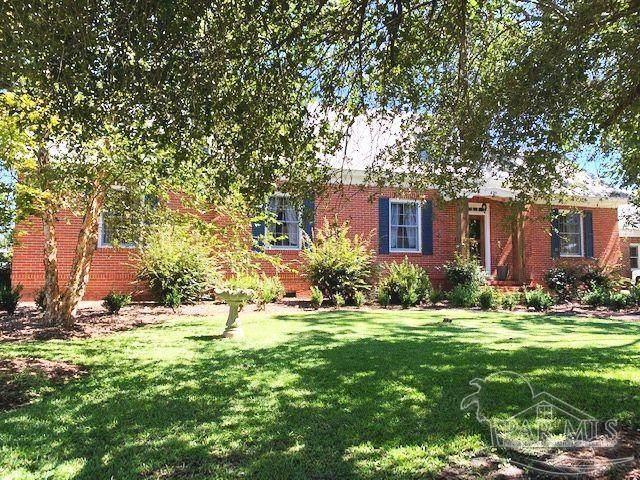 899 S Pensacola Ave, Atmore, AL 36502 (MLS #597205) :: Coldwell Banker Coastal Realty