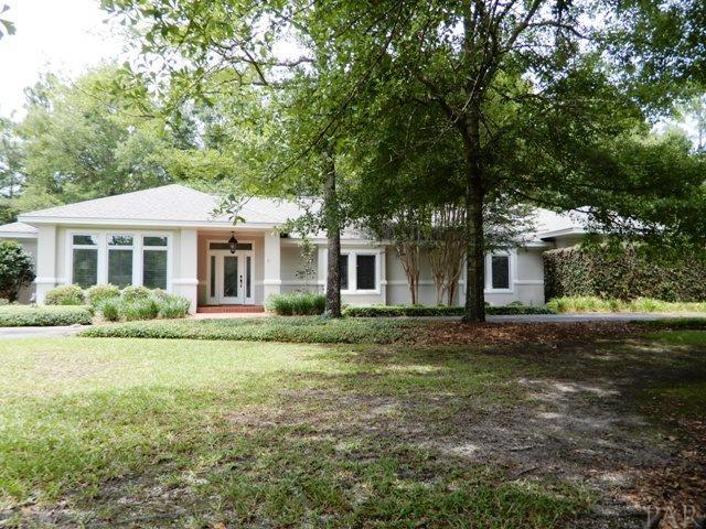 1426 Forest Hill Dr, Atmore, AL 36502 (MLS #537974) :: Levin Rinke Realty