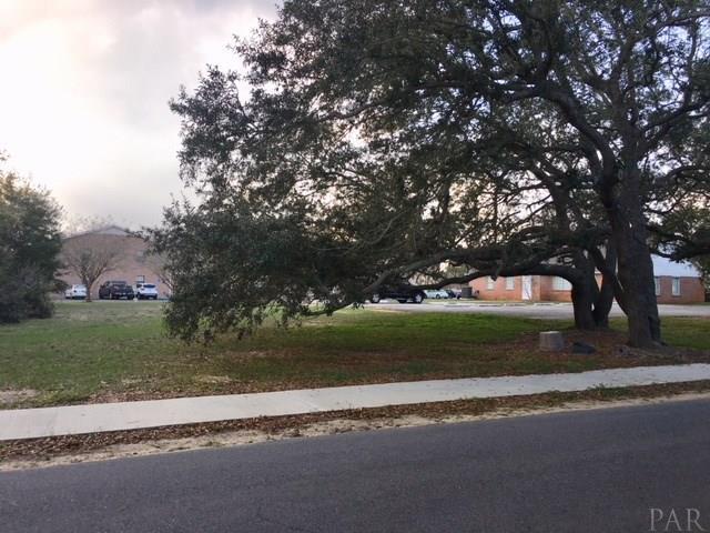 000 Nightingale Ln, Gulf Breeze, FL 32561 (MLS #545185) :: Levin Rinke Realty
