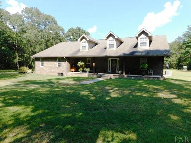 5840 Rockaway Creek Rd, Walnut Hill, FL 32568 (MLS #558827) :: Levin Rinke Realty