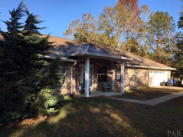 7428 Pine Lake Dr, Milton, FL 32570 (MLS #564381) :: ResortQuest Real Estate