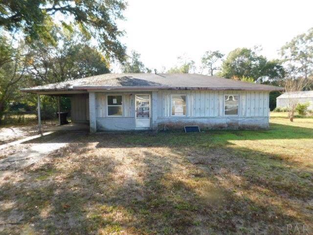 6443 Walnut St, Milton, FL 32570 (MLS #564623) :: ResortQuest Real Estate