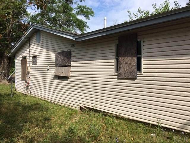 202 Ellington St, Cantonment, FL 32533 (MLS #570788) :: Levin Rinke Realty