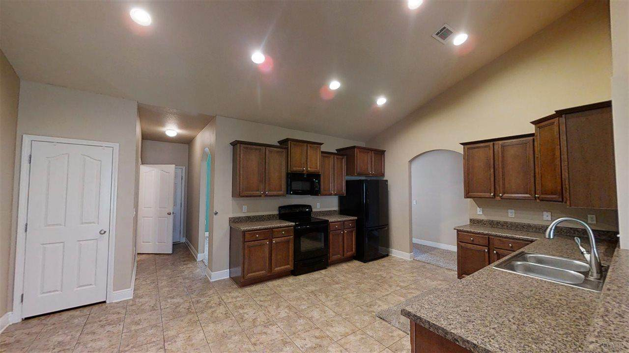 6758 Weathered Dr - Photo 1