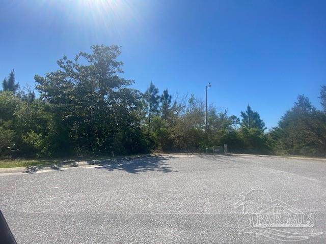 000 Winding Shore Dr, Gulf Breeze, FL 32563 (MLS #588419) :: Connell & Company Realty, Inc.