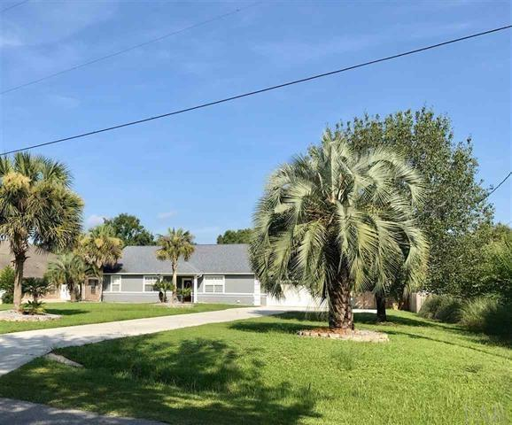 7620 San Ramon Dr, Milton, FL 32583 (MLS #525783) :: ResortQuest Real Estate
