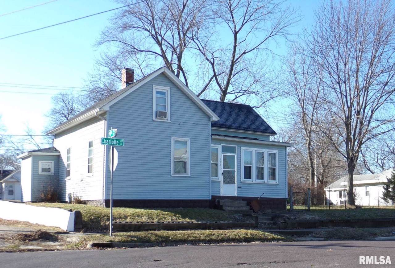 522 Charlotte Street - Photo 1