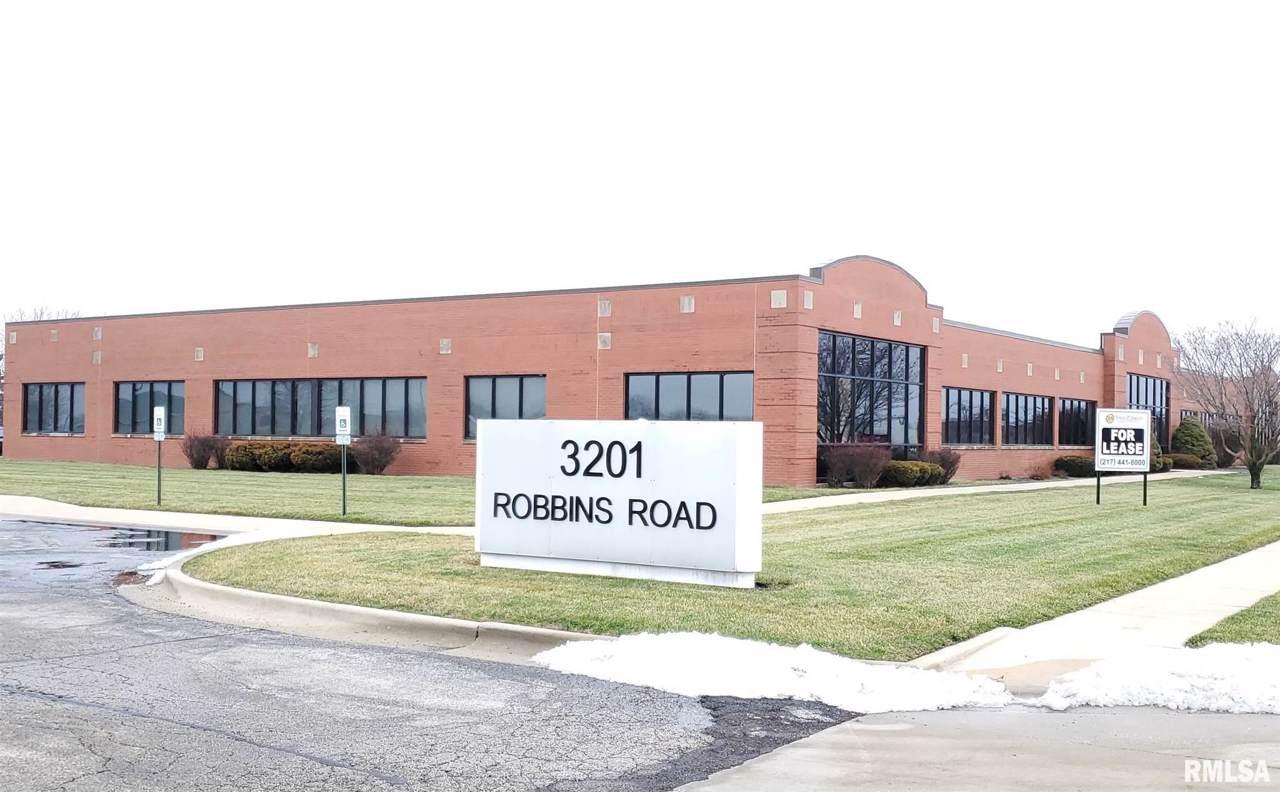 3201 Robbins - Photo 1