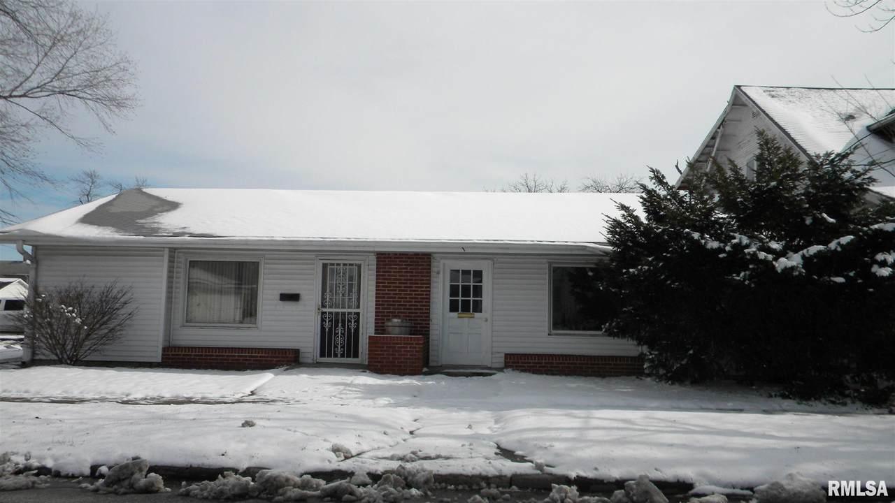 610 Prairie Street - Photo 1