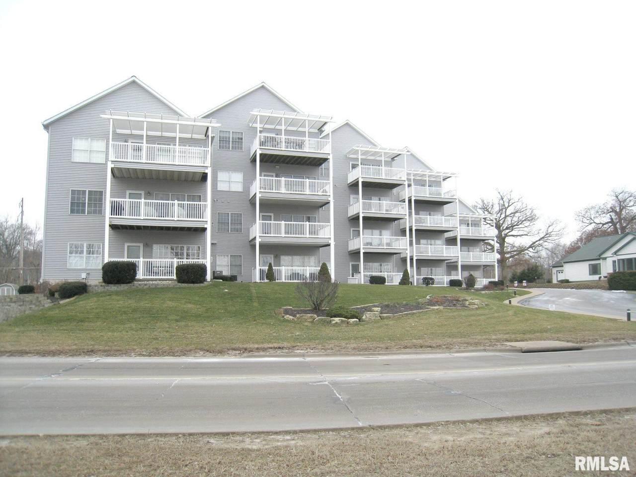 4412 River Drive - Photo 1