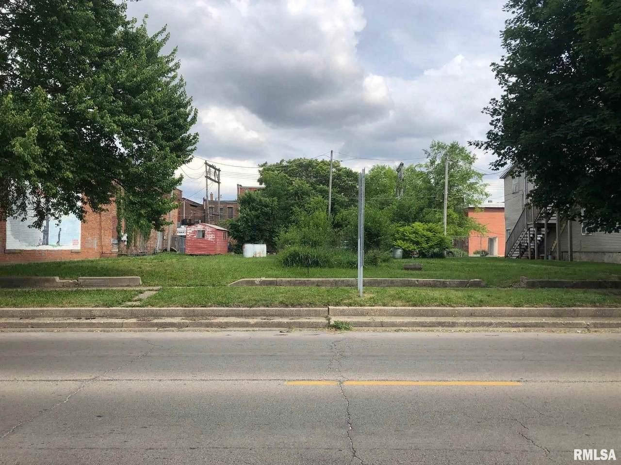 114 Logan Street - Photo 1