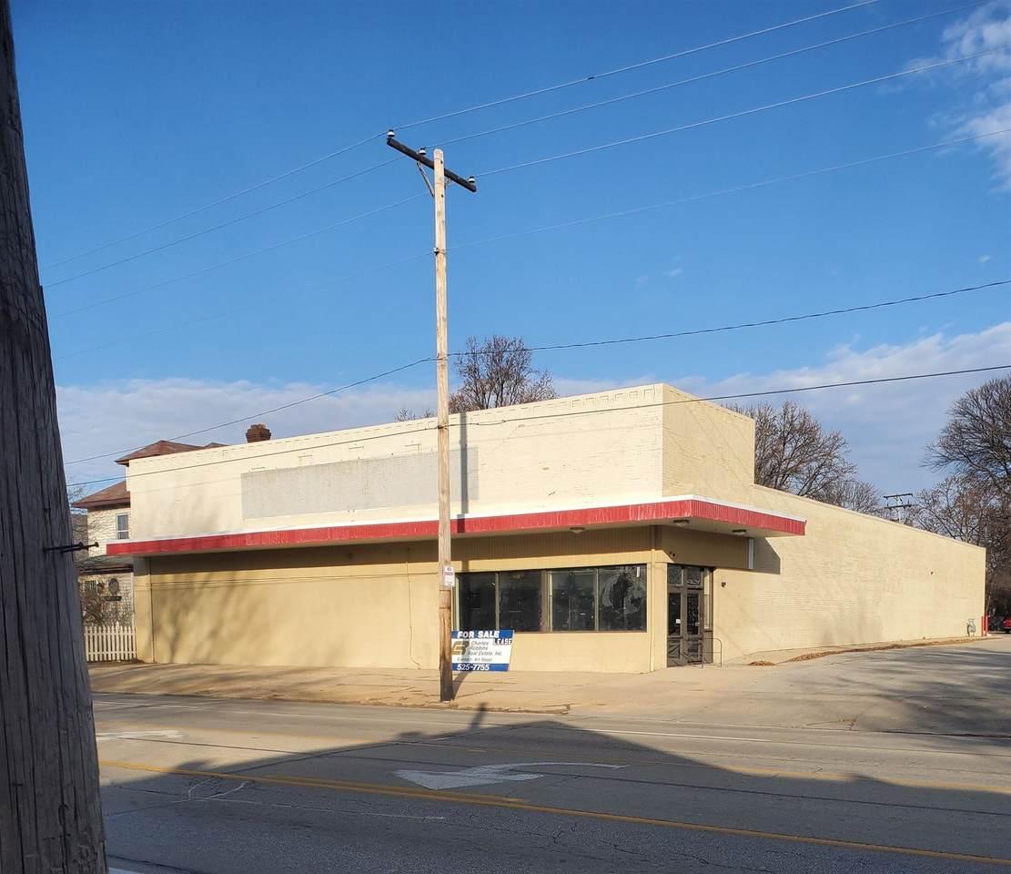 313 Grand Avenue East - Photo 1