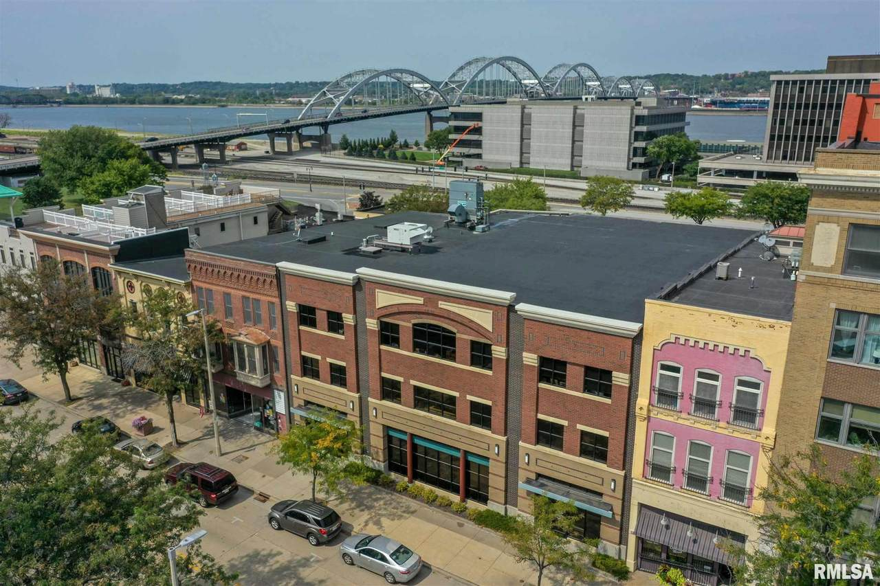 1615-1617 2ND Avenue - Photo 1