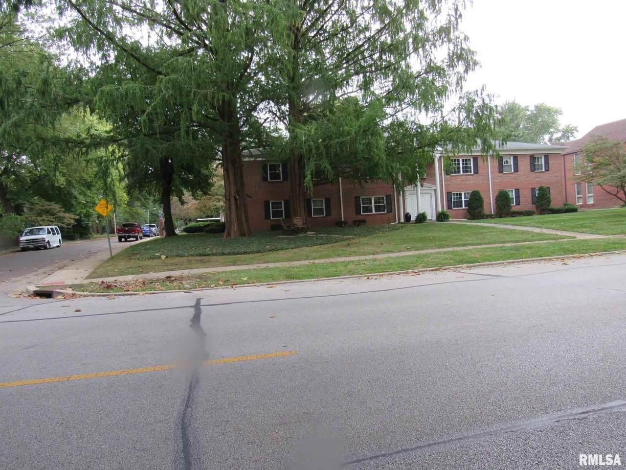 1301 Douglas Street - Photo 1