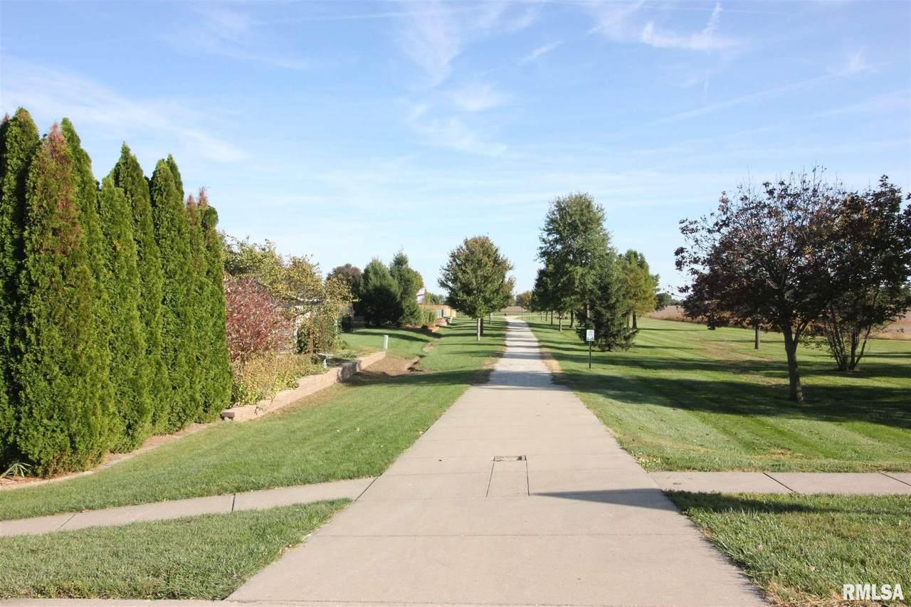 417 Burr Oak Drive - Photo 1