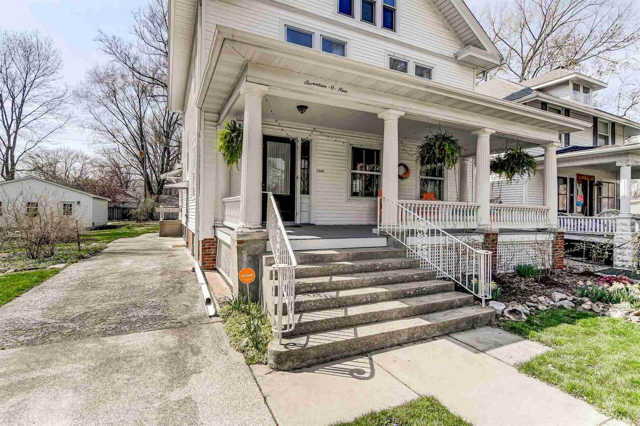 1709 Lowell Avenue - Photo 1