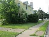 563 11TH Avenue South - Photo 2
