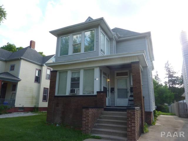 2315 N Bigelow, Peoria, IL 61604 (#1174906) :: Adam Merrick Real Estate