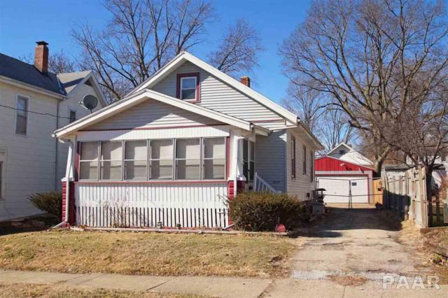 2637 N Missouri Avenue, Peoria, IL 61603 (#1180895) :: Adam Merrick Real Estate