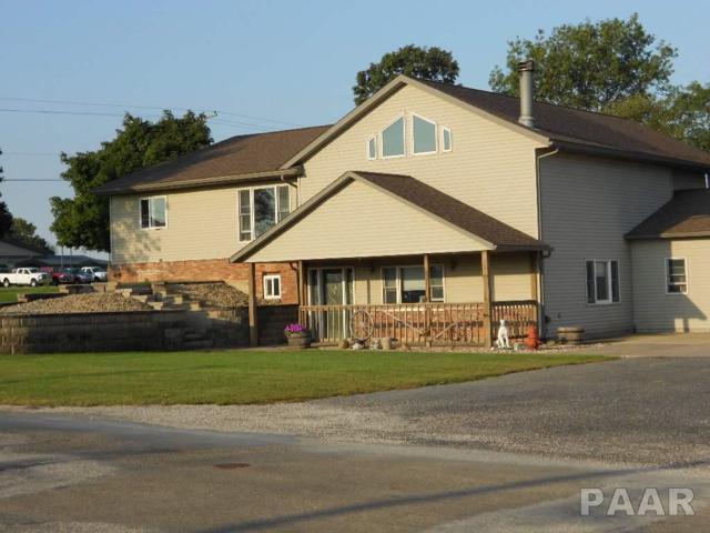 101 N Seventh Street, Roanoke, IL 61561 (#1181541) :: Adam Merrick Real Estate