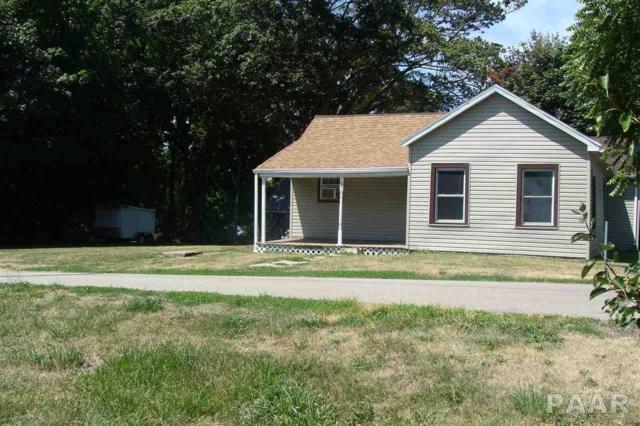 60 S Cedar, Farmington, IL 61531 (#1185576) :: Adam Merrick Real Estate