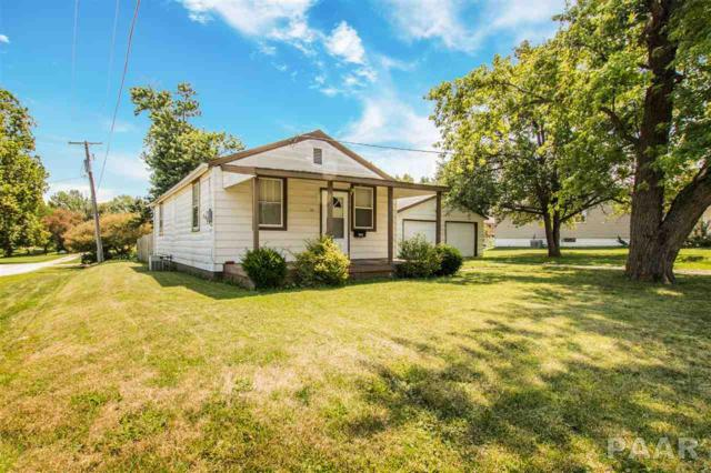 325 N Elmwood Road, Farmington, IL 61531 (#1185983) :: Adam Merrick Real Estate