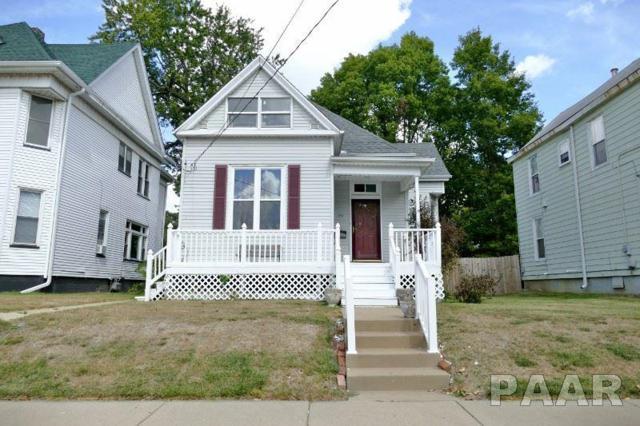 613 W Armstrong Avenue, Peoria, IL 61606 (#1187648) :: Adam Merrick Real Estate