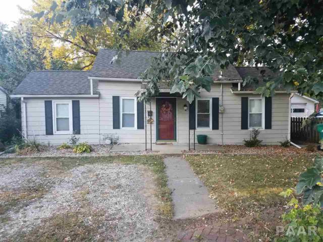 183 W Court, Farmington, IL 61531 (#1188136) :: Adam Merrick Real Estate