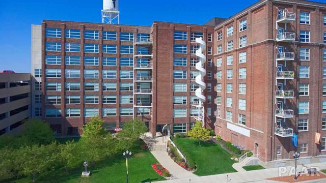 401 SW Water Street #702, Peoria, IL 61602 (#1188445) :: Adam Merrick Real Estate