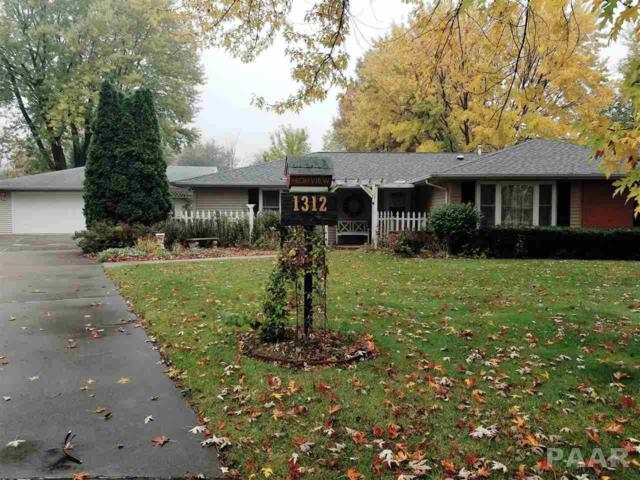 1312 Highview Road, East Peoria, IL 61611 (#1189328) :: Adam Merrick Real Estate