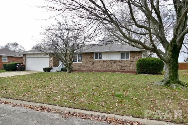 749 S Columbus, Morton, IL 61550 (#1189383) :: Adam Merrick Real Estate