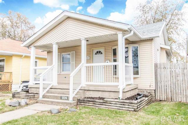 1226 Summer Street, Pekin, IL 61554 (#1189384) :: Adam Merrick Real Estate