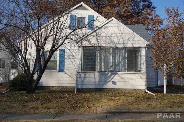 1121 Janssen, Pekin, IL 61554 (#1189627) :: Adam Merrick Real Estate
