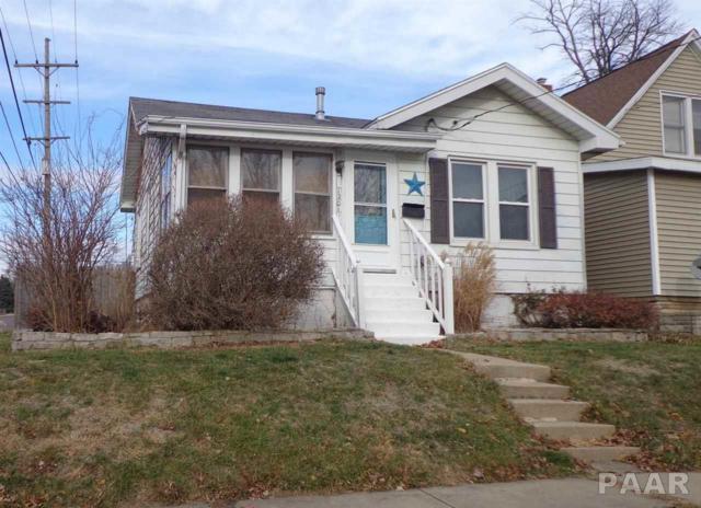 1201 E Hines Avenue, Peoria Heights, IL 61616 (#1190147) :: Adam Merrick Real Estate
