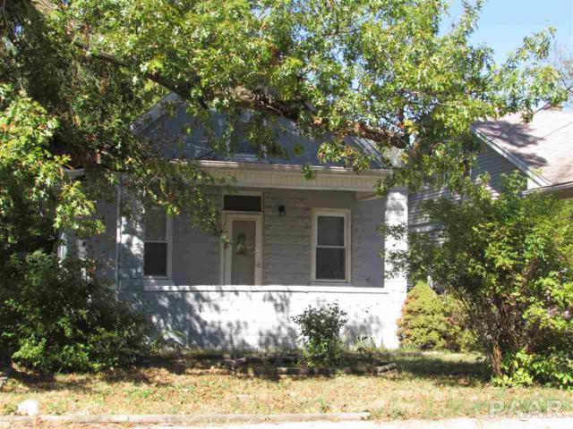 1021 E Virginia Avenue, Peoria, IL 61603 (#1190220) :: Adam Merrick Real Estate