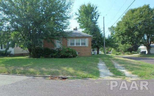 1000 E Maywood Avenue, Peoria, IL 61603 (#1190820) :: Adam Merrick Real Estate