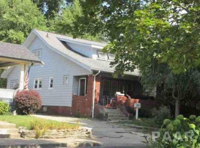 1014 N Summit Boulevard, Peoria, IL 61606 (#1190830) :: Adam Merrick Real Estate