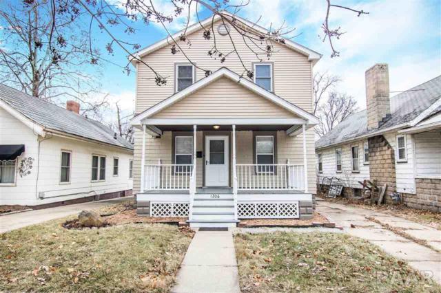 1206 E Willcox Avenue, Peoria, IL 61603 (#1190923) :: Adam Merrick Real Estate