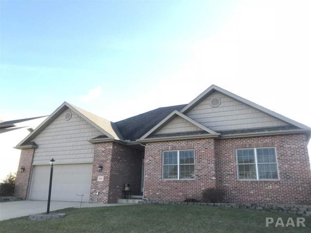 2106 W Forestglen Drive, Peoria, IL 61615 (#1191807) :: Adam Merrick Real Estate