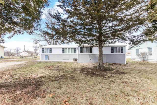 72 N Cedar Street, Farmington, IL 61531 (#1192133) :: Adam Merrick Real Estate