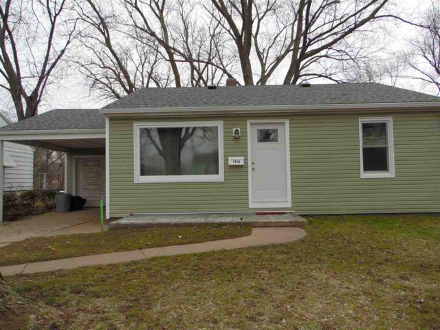 1418 N 12TH, Pekin, IL 61554 (#1192769) :: Adam Merrick Real Estate