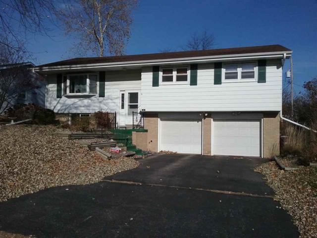 2211 W Overhill Road, Peoria, IL 61615 (#1193004) :: Adam Merrick Real Estate