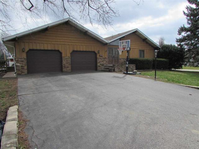 200 Worner Street, Green Valley, IL 61534 (#1193127) :: Adam Merrick Real Estate