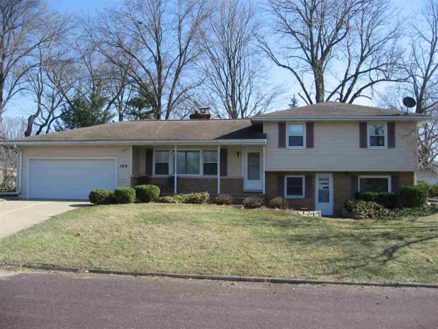 2928 Bacon Drive, Peoria, IL 61614 (#1193153) :: Adam Merrick Real Estate
