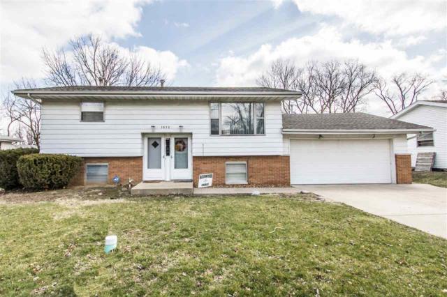3830 N Donna Lane, Peoria, IL 61614 (#1193156) :: Adam Merrick Real Estate